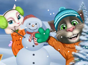 game Talking Tom Playing Snowballs
